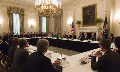 """US-Präsident Donald Trump hat die Elite der digitalen Branche im Weißen Haus versammelt: Der """"American Technology Council"""""""